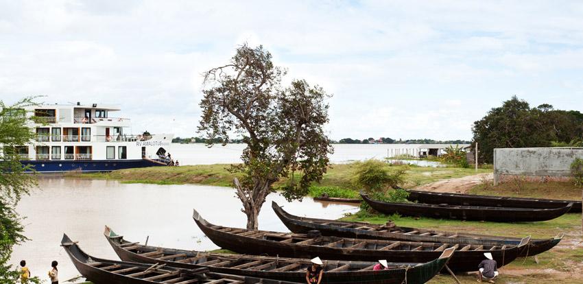 AmaLotus on the Mekong