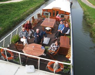 Guests on Luciole