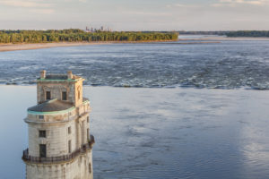 Historical water intake on the Mississippi River