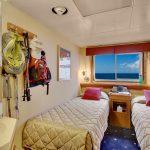 40navigator-cabin