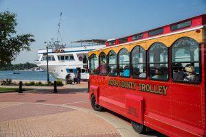 door-county-trolly-tour