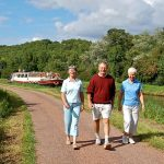 nivernais_canal_towpath_walking