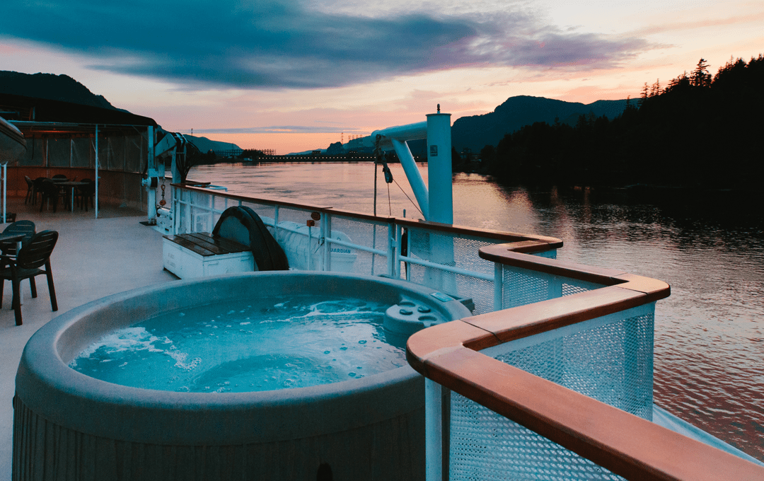 on-deck Hot tub aboard Wilderness discoverer 2018 Columbia River sunset