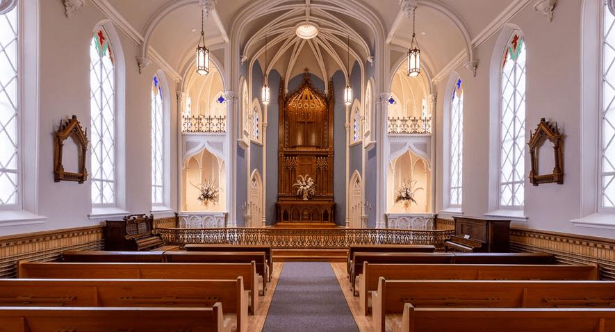providence-academy-vancouver-interior-chapel